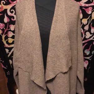 H&M sweater m/l NWT